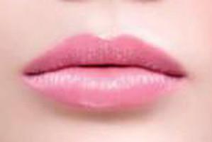 Татуаж губ с эффектом перламутра